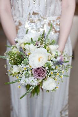 Tendance mariage : le bouquet de mariée champêtre