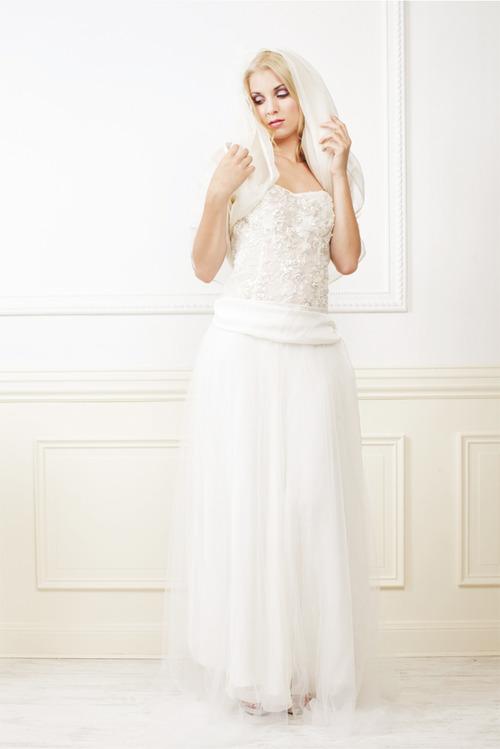 Robes de mariée à Bordeaux : Les créations de Gwanni.
