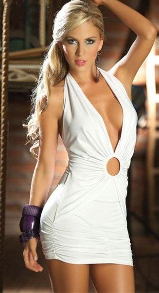 {Insolite} Une robe de mariée trop sexy annule un mariage.
