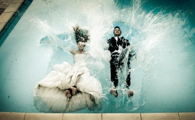 {Tradition Mariage} Nettoyer sa robe de mariée porte malheur