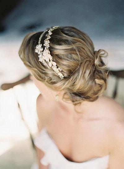 Coiffure mariage 10 chignons romantiques pour la mari e - Coiffure mariage temoin ...