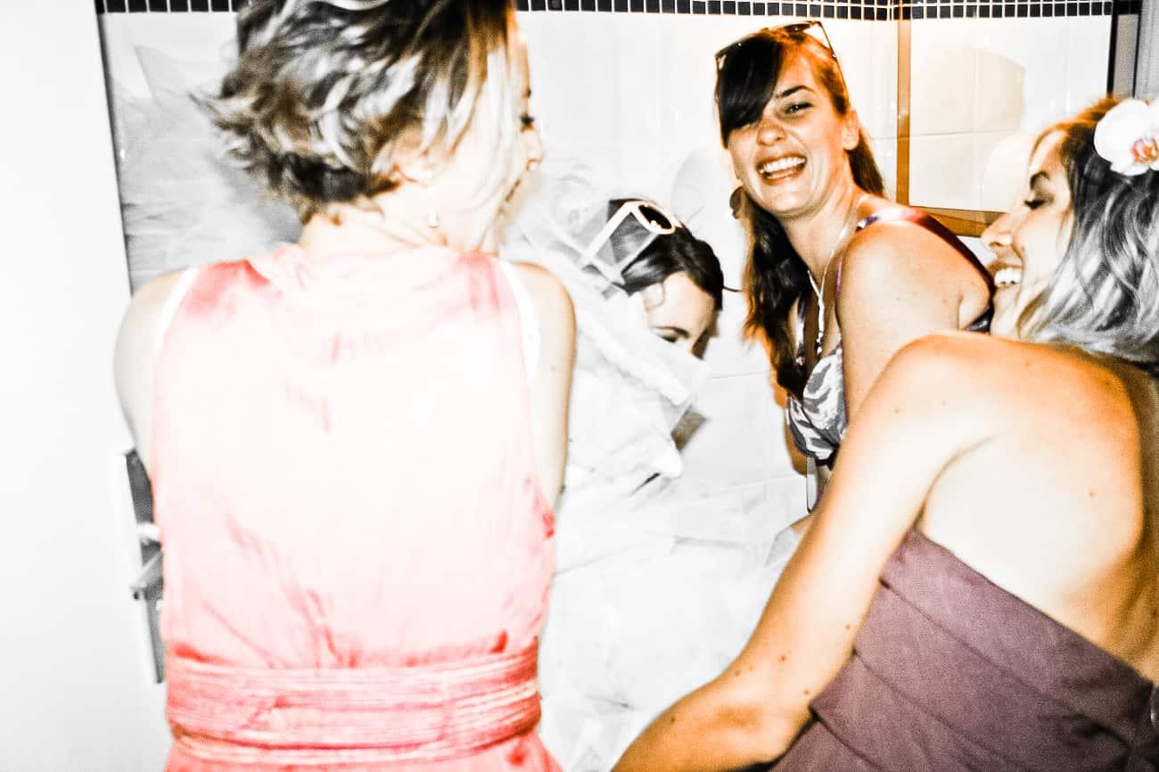 Comment faire pipi avec sa robe de mariée ?