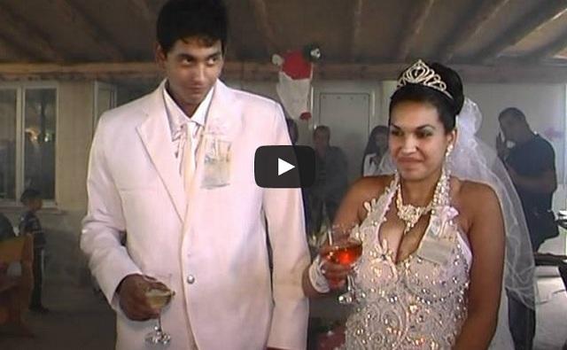 {vidéo insolite} Comment tuer une mariée en 3 leçons