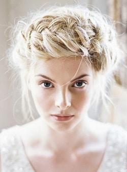 5 coiffures originales avec des tresses couronne de tresse