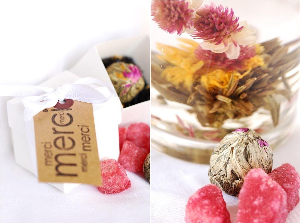 Des fleurs de thé pour mes invités