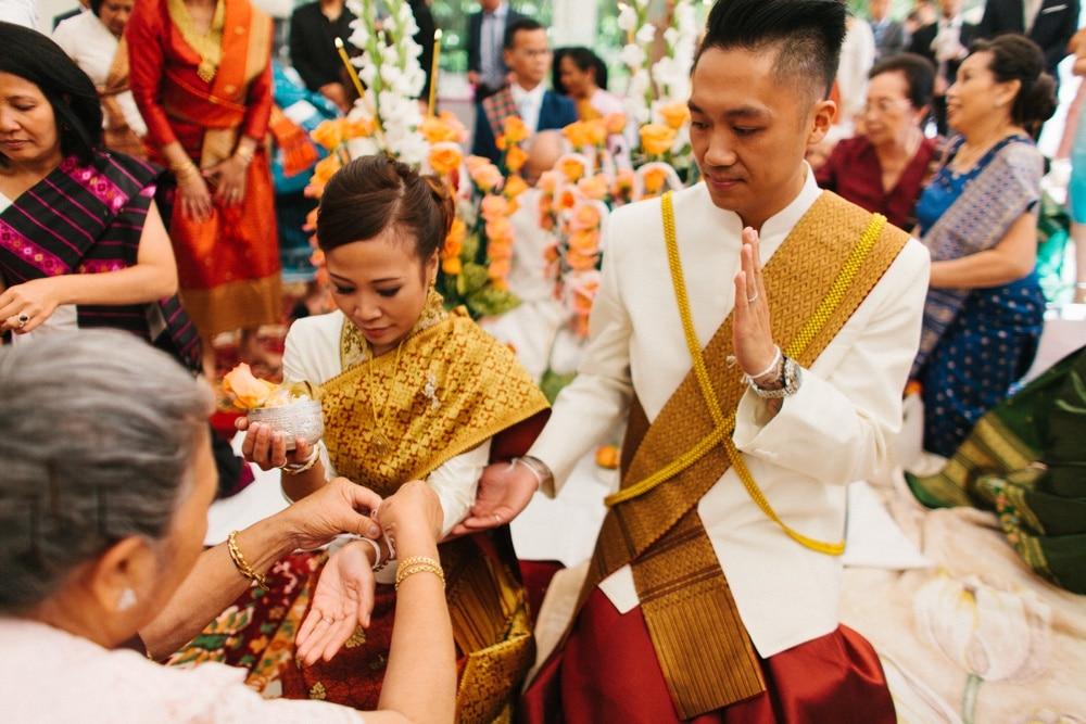 cérémonie traditionnelle Laotienne