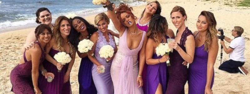 Rihanna presque classe en demoiselle d'honneur