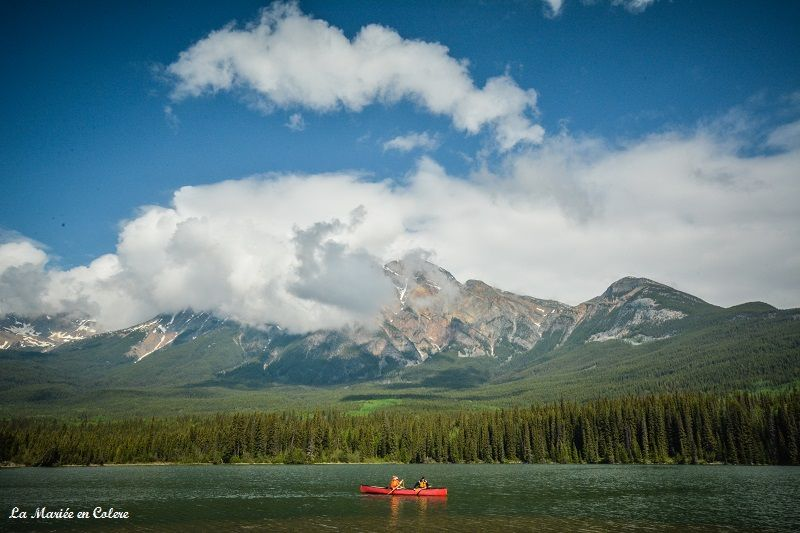 canoe Jasper National Park