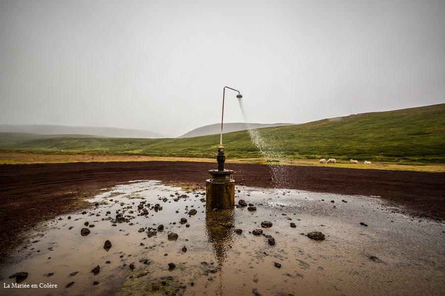 douche extérieure Myvatn Islande