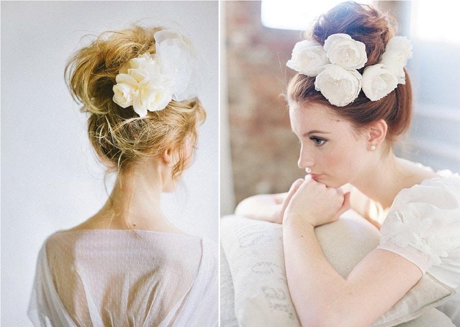 chignon fleurs mariage Coiffure de mariée