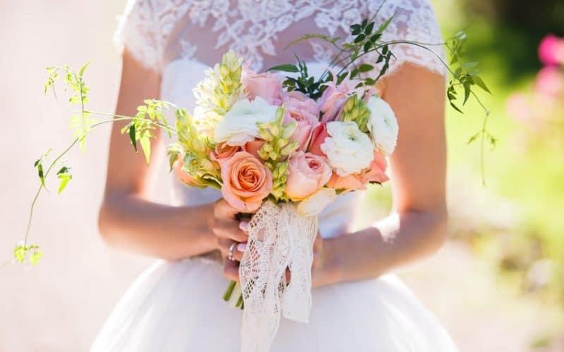 {Témoignage} Embaucher des amis à son mariage, bonne ou mauvaise idée ?