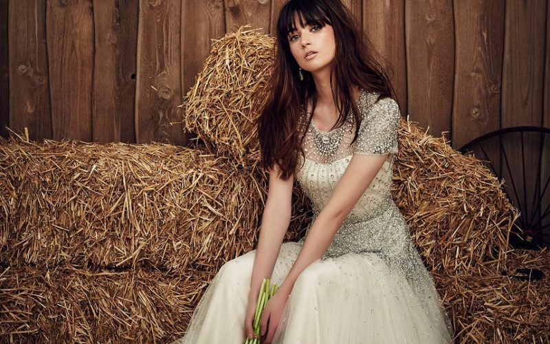 Votez pour votre robe de mariée préférée : robes bohèmes folk