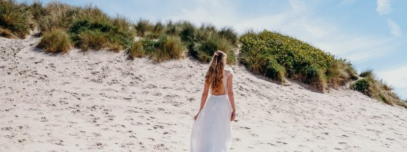 Robes de mariée 2018 : 10 modèles avec un dos nu