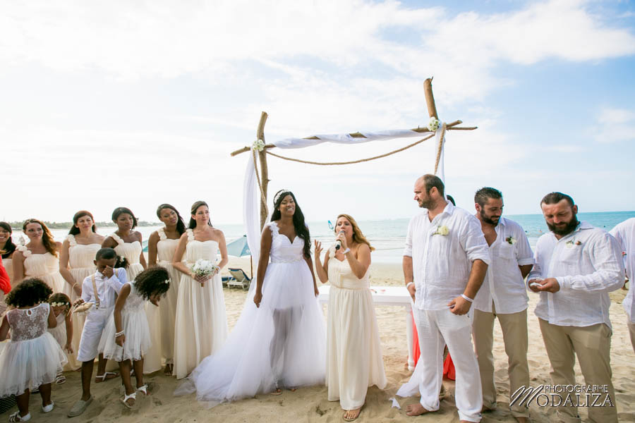 photo beach wedding republique dominicaine plage destination wedding photographer dominican republic ceremonie laique by modaliza photographe-126