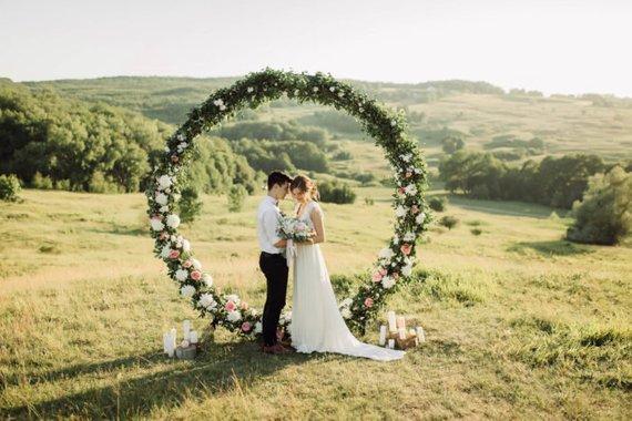 arche cérémonie mariage ronde fleurs