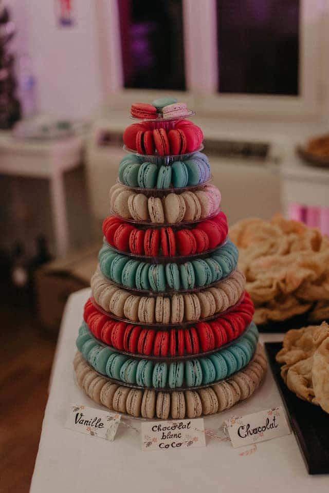 pièce montée macarons dessert mariage
