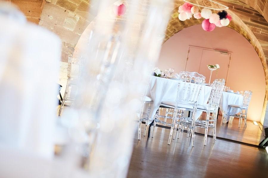 DIY décoration mariage pompons