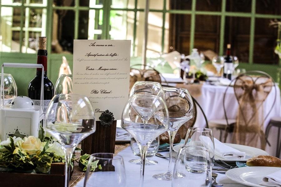décoration-tables-mariage-alice-au-pays-des-merveilles