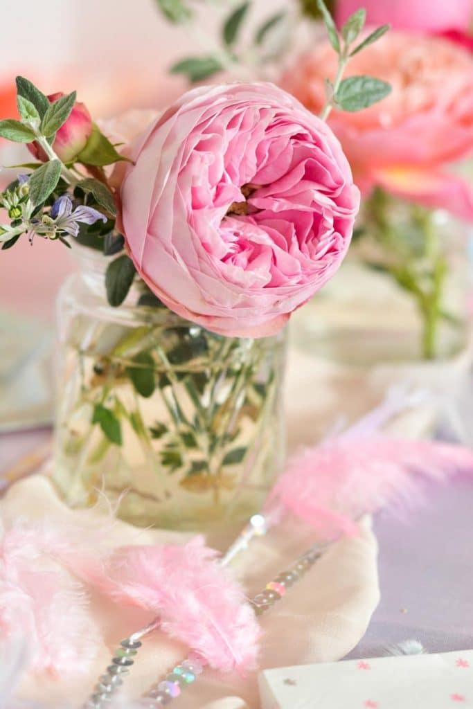 fleurs-décoration-anniversaire-enfant-licorne