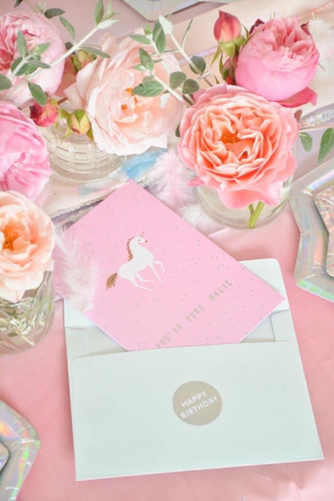 invitation-anniversaire-fille-thème-licornes