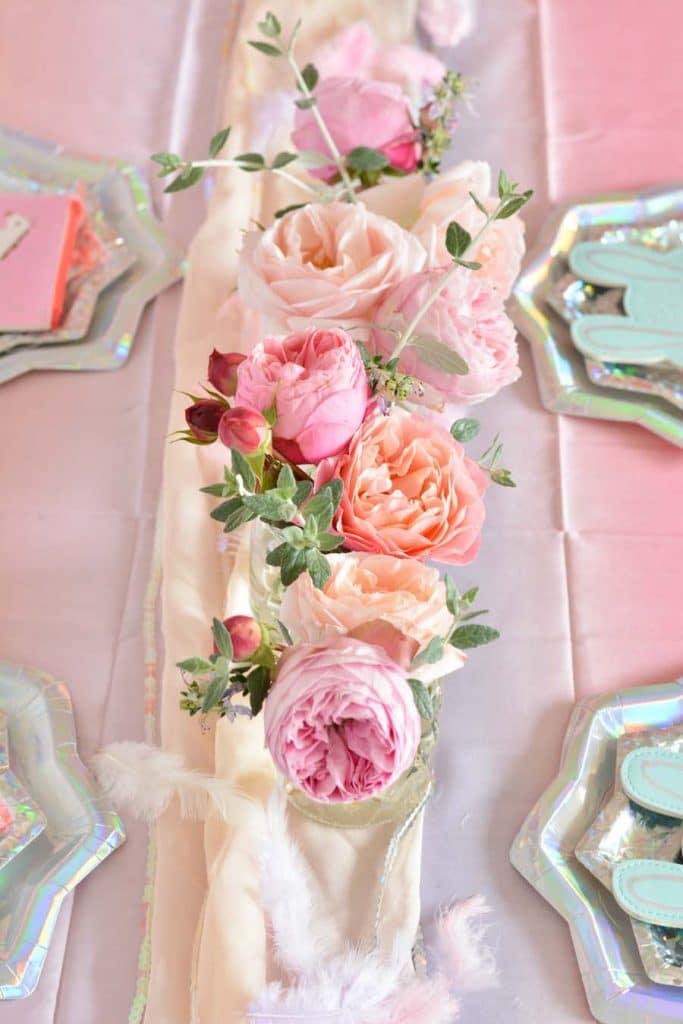 jolies-idées-décoration-anniversaire-fille-licorne