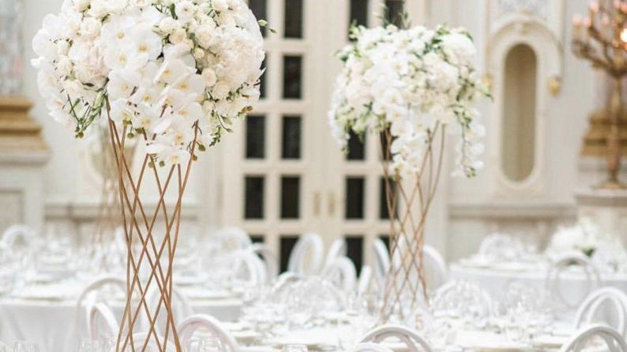 Comment Faire Un Centre De Table Avec Des Fleurs décoration mariage : les centres de table hauts métalliques