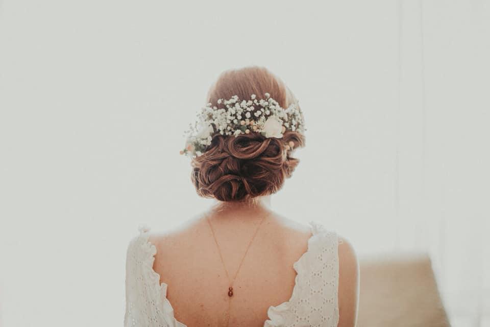chignon mariée fleur