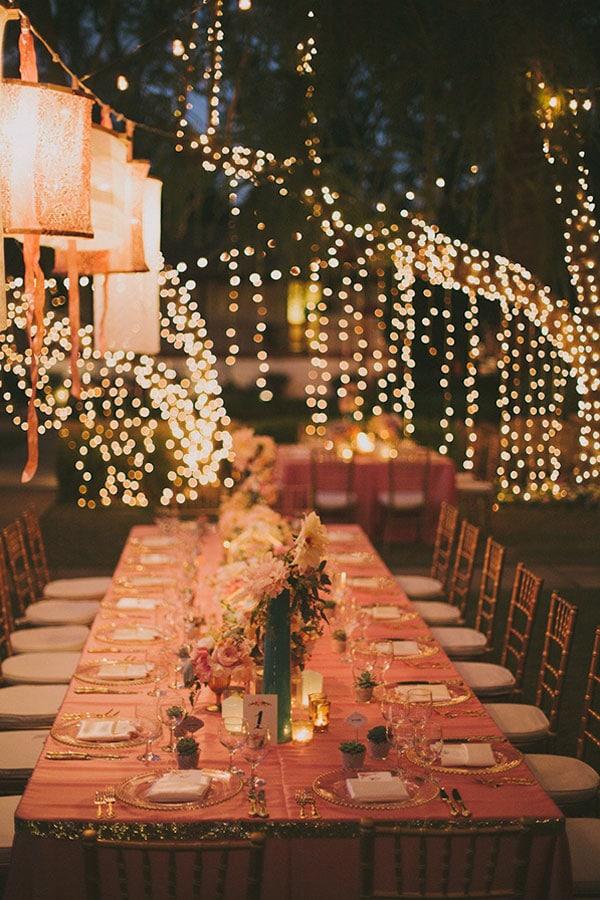 décoration-mariage-guirlandes-lumière-arbre-nuit