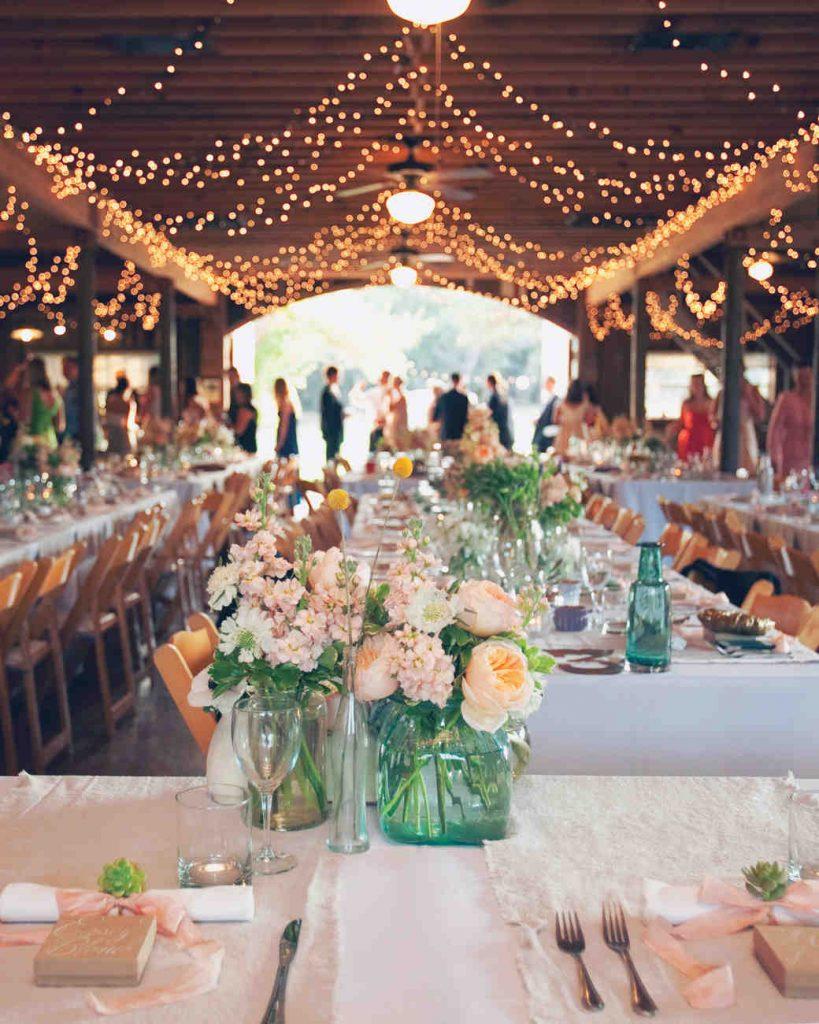 guirlande-lumière-décoration-mariage-salle-de-réception-2
