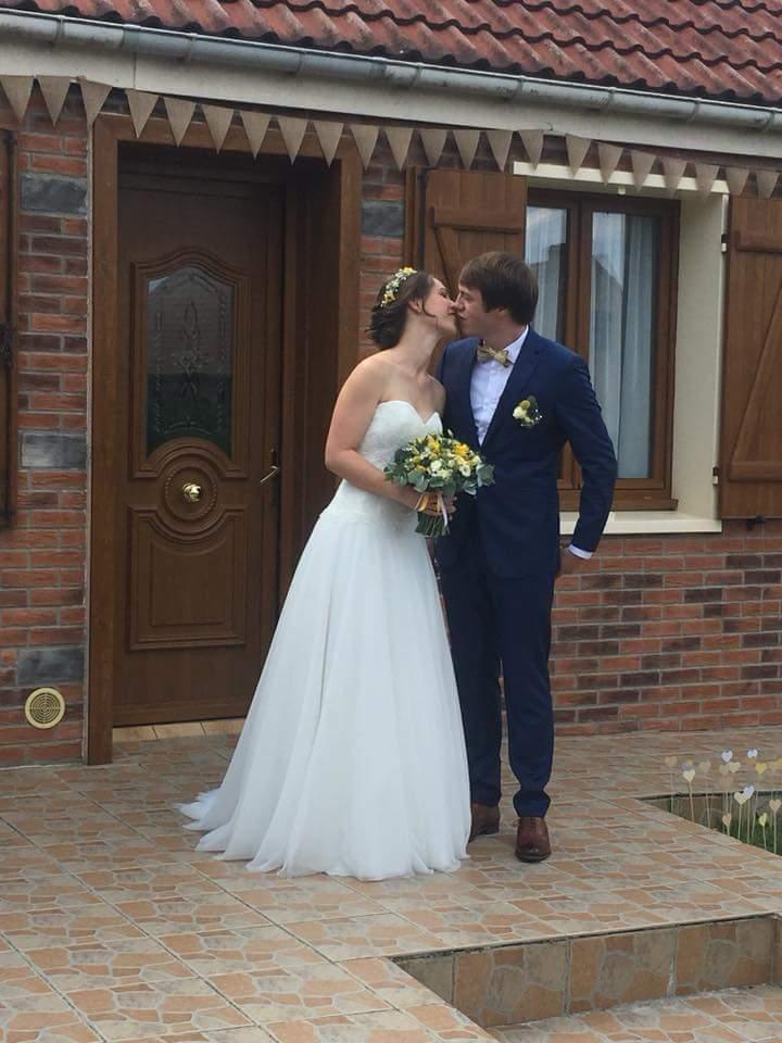 robe de mariée 1800 €