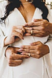 couple marié alliances